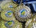 медали златни с вложка